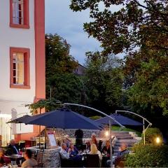 Hotel Restaurant Lekker in Neumagen-Dhron Duitsland zoekt Chef-kok / Horeca Echtpaar