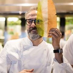 Massimo Bottura op 1 in top 50