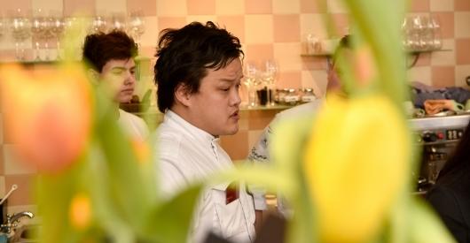 Chef-eigenaar Kelvin Lin Nayolie in Voorschoten